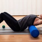 foam-roller-back-stretch